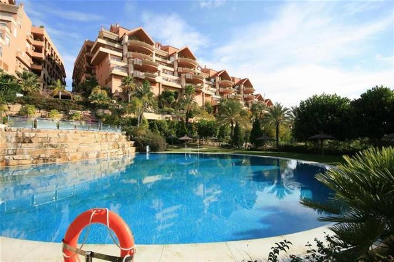A5520 Apartment Nueva Andalucia 1 (Large)