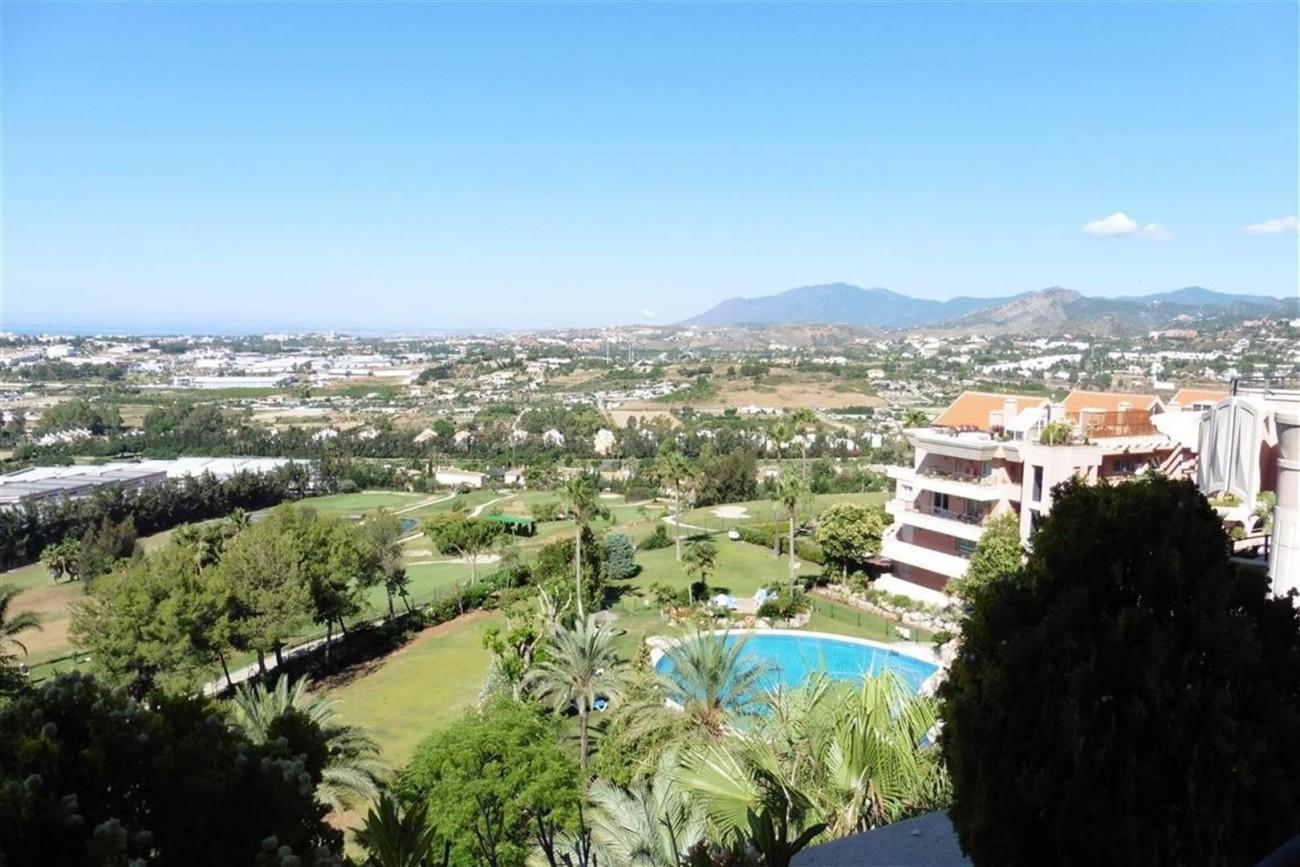 A5520 Apartment Nueva Andalucia 5 (Large)