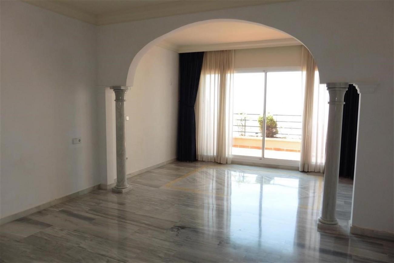 A5520 Apartment Nueva Andalucia 7 (Large)