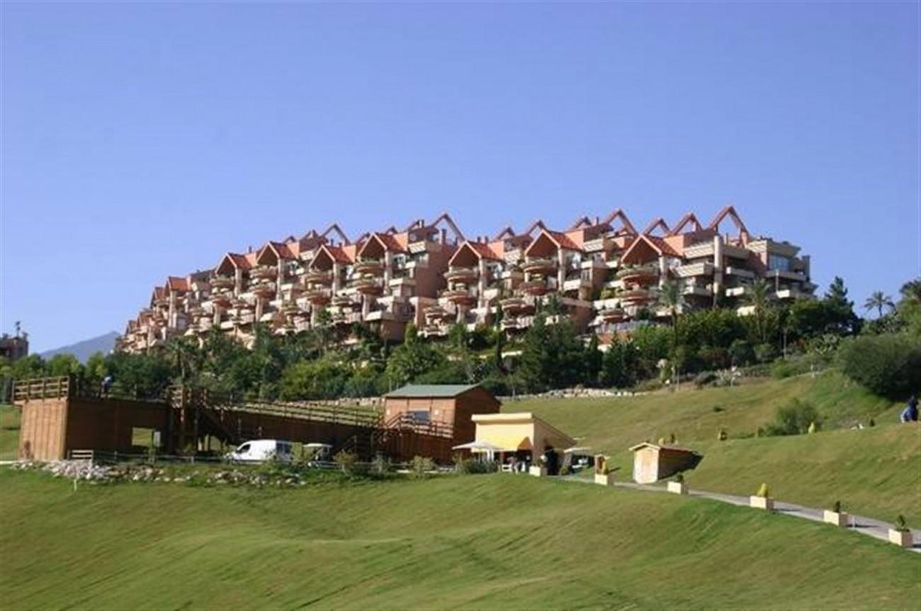 A5520 Apartment Nueva Andalucia 8 (Large)