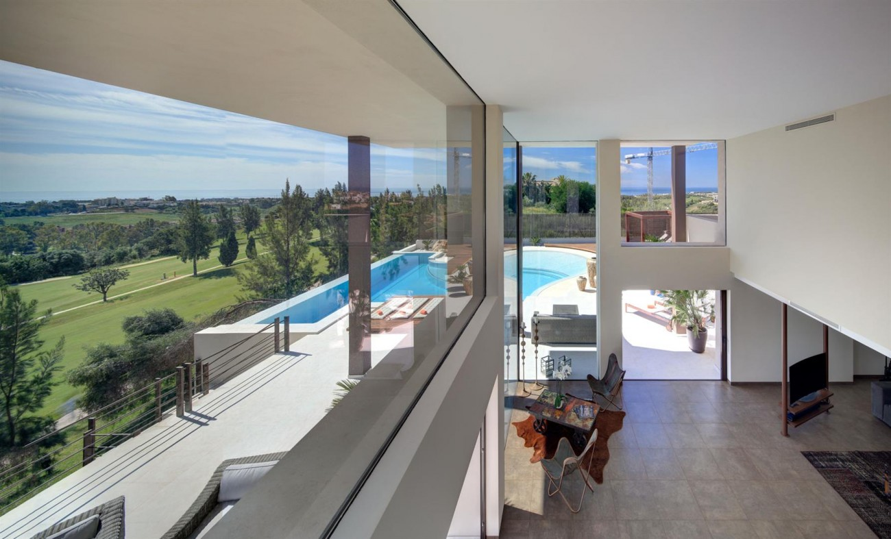 Luxury Contemporary Villa for sale Benahavis Spain (1) (Large)