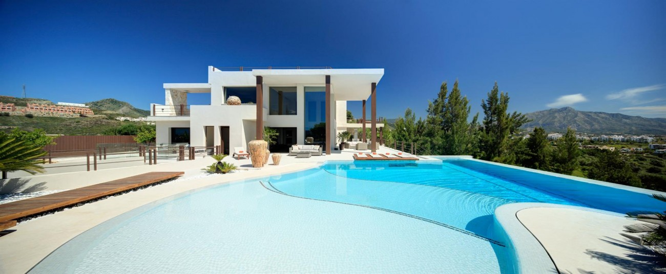 Luxury Contemporary Villa for sale Benahavis Spain (2) (Large)