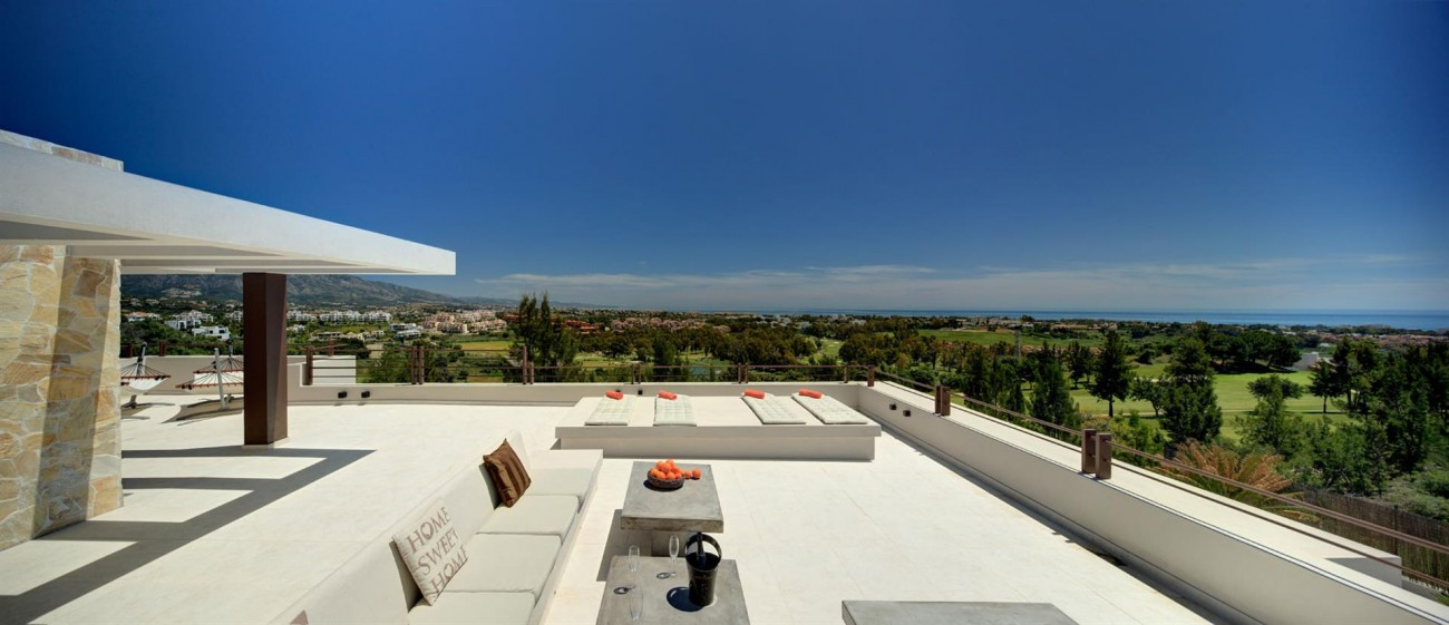 Luxury Contemporary Villa for sale Benahavis Spain (3) (Large)