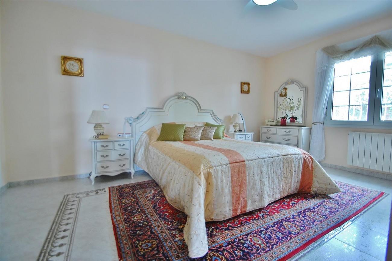 V5524 Villa in Calahonda 7 (Large)