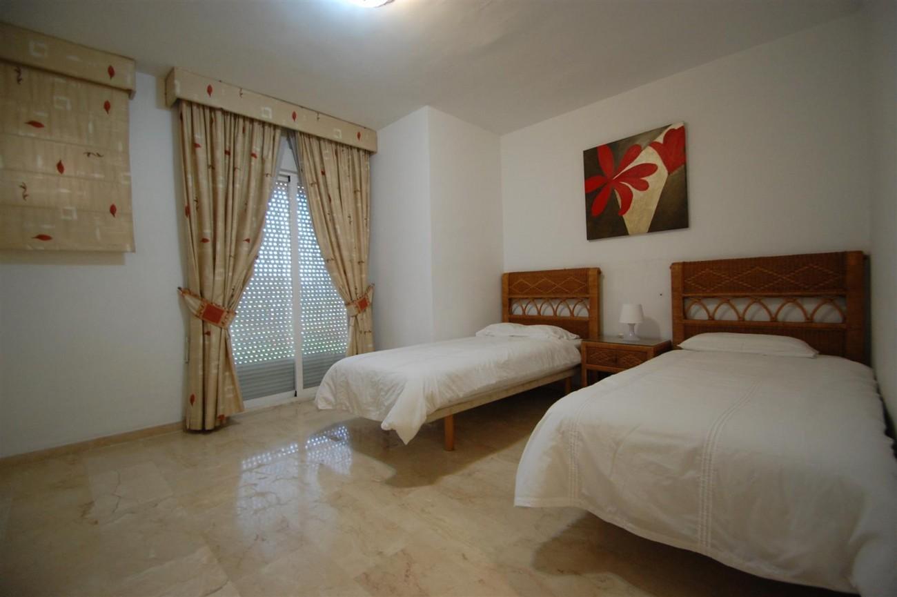 A5526 Apartment Guadalmina Alta 10 (Large)
