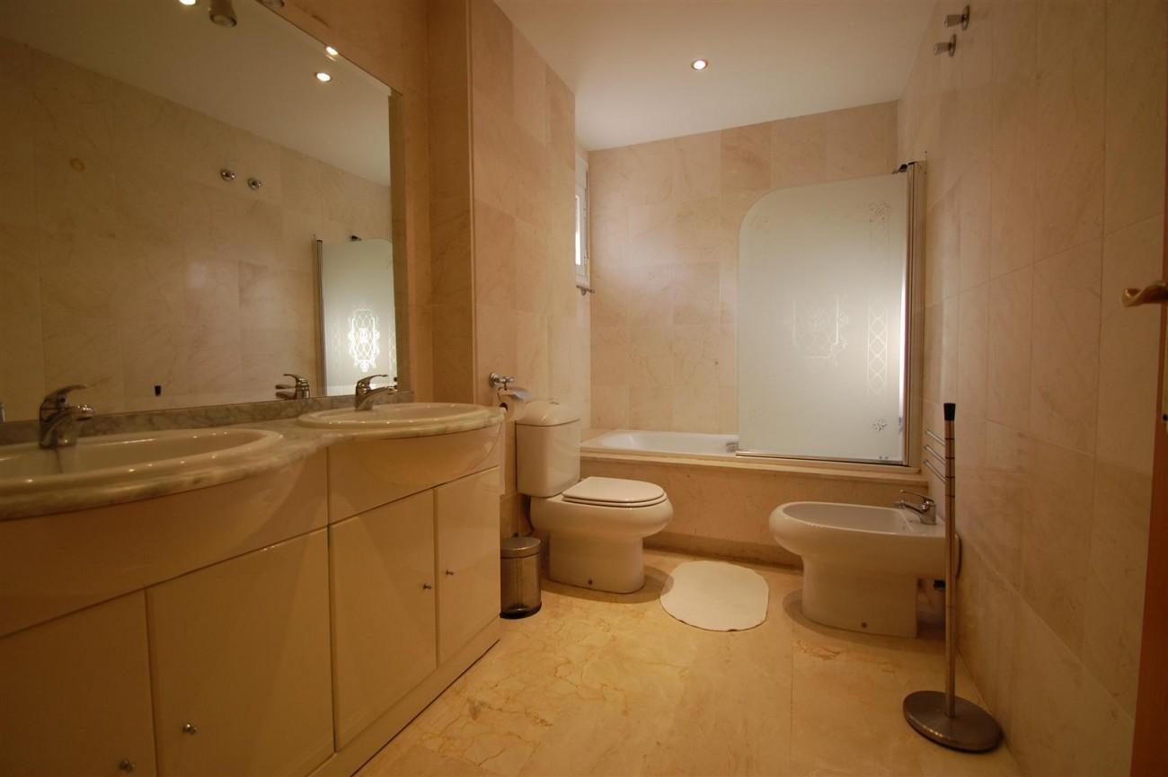 A5526 Apartment Guadalmina Alta 11 (Large)