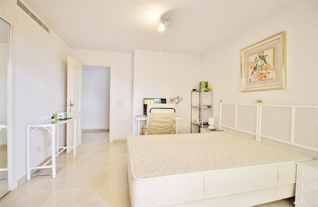 A5528 Spacious apartment Golden Mile 5 (Large)