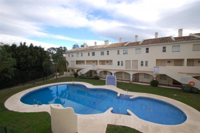 Apartment for Sale - 199.000€ - Calahonda, Costa del Sol - Ref: 5540