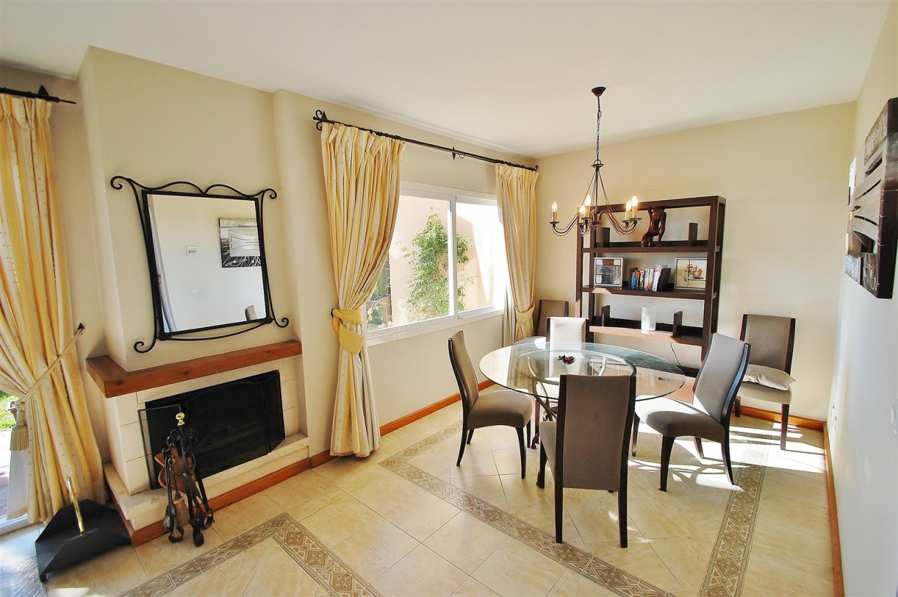 TH5544 Townhouse Nueva Andalucia 13 (Large)