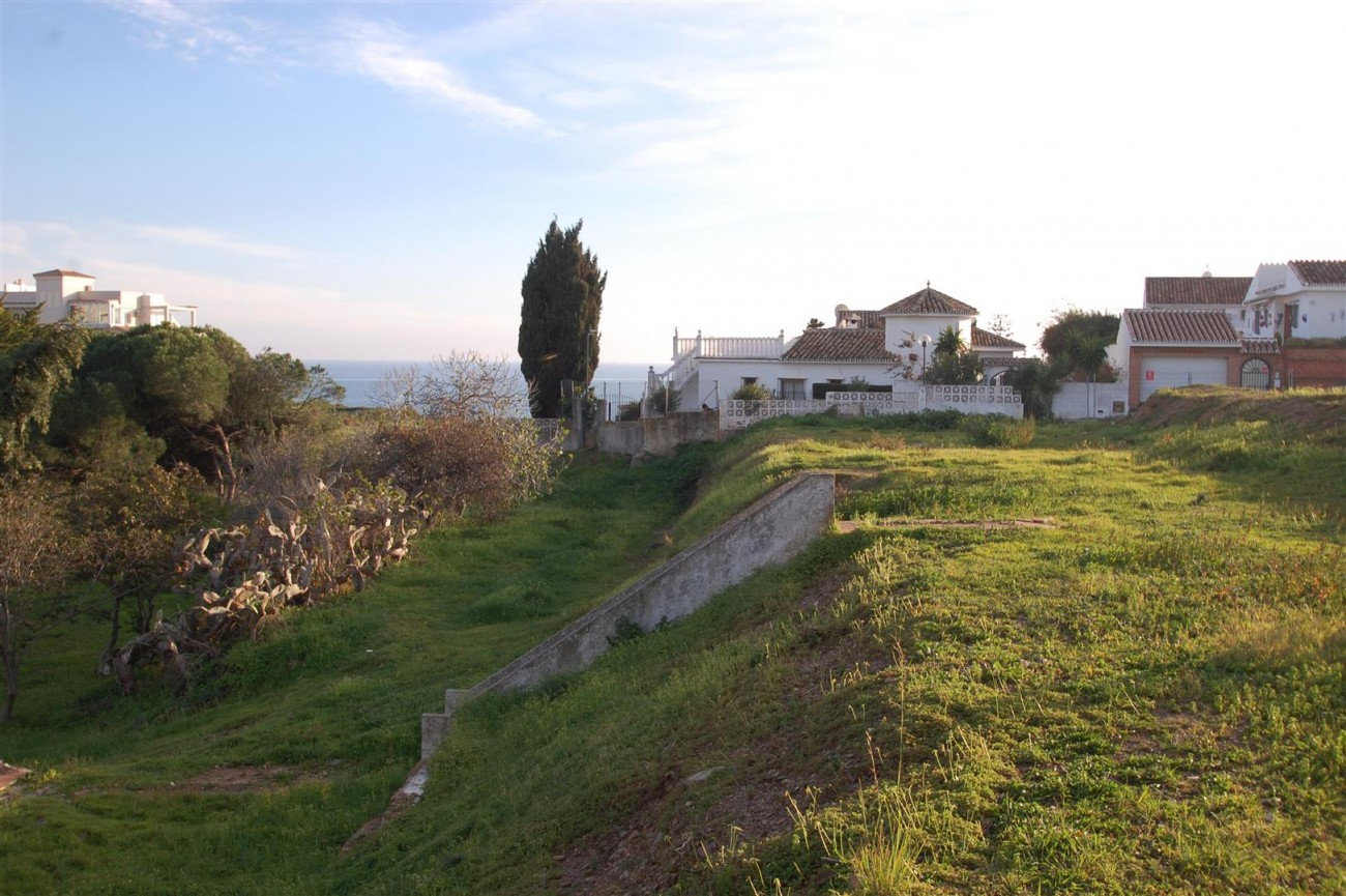 P5559 Plots in Mijas (2) (Large)