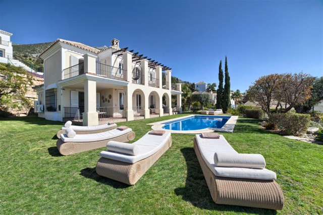 Villa for Sale - 1.250.000€ - Sierra Blanca Country Club, Costa del Sol - Ref: 5561