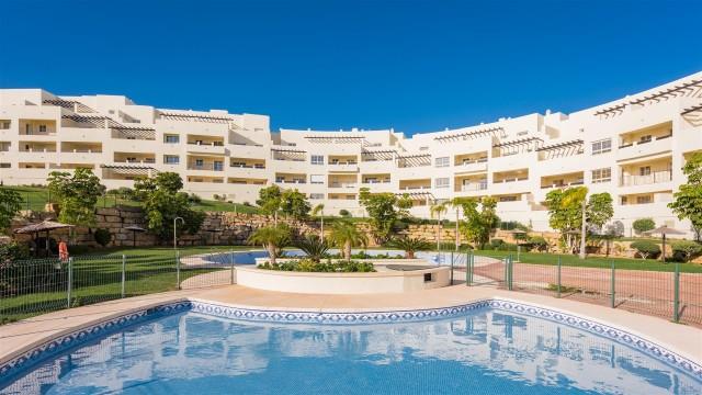 Apartment for Sale - 195.000€ - Benalmádena Costa, Costa del Sol - Ref: 5566