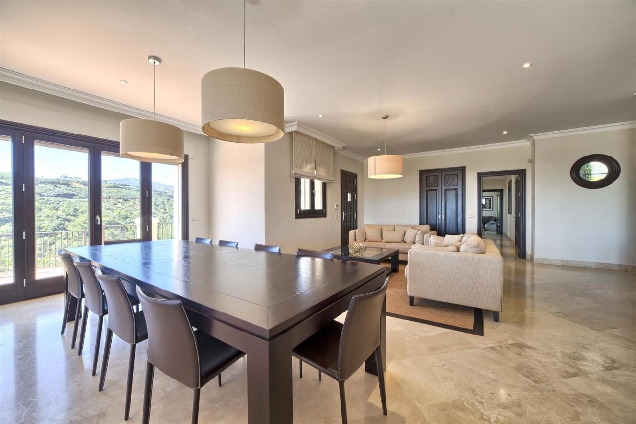 V5576 Luxury Villa Benahavis Spain (5)