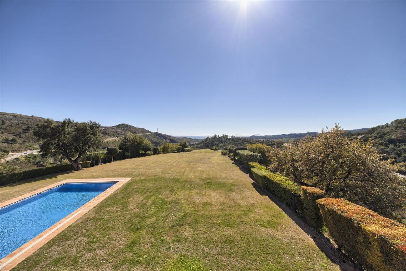 V5576 Luxury Villa Benahavis Spain (14)
