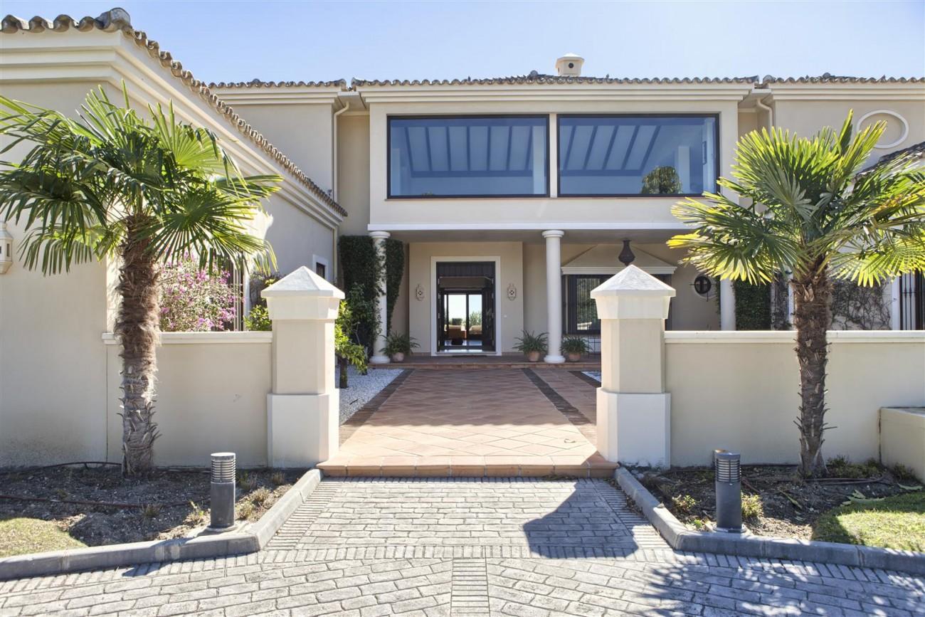 V5576 Luxury Villa Benahavis Spain (16)