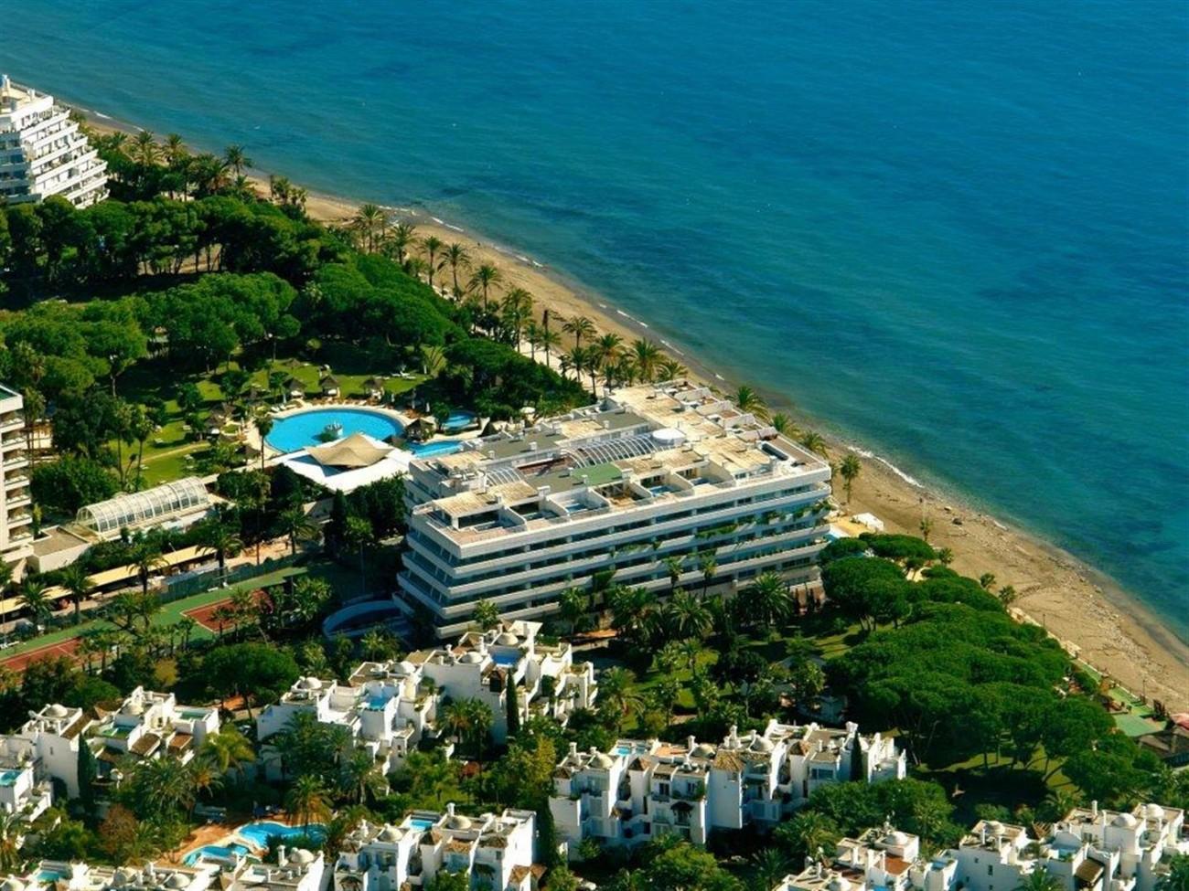 A5579 Frontline beach duplex penthouse Marbella 8 (Large)