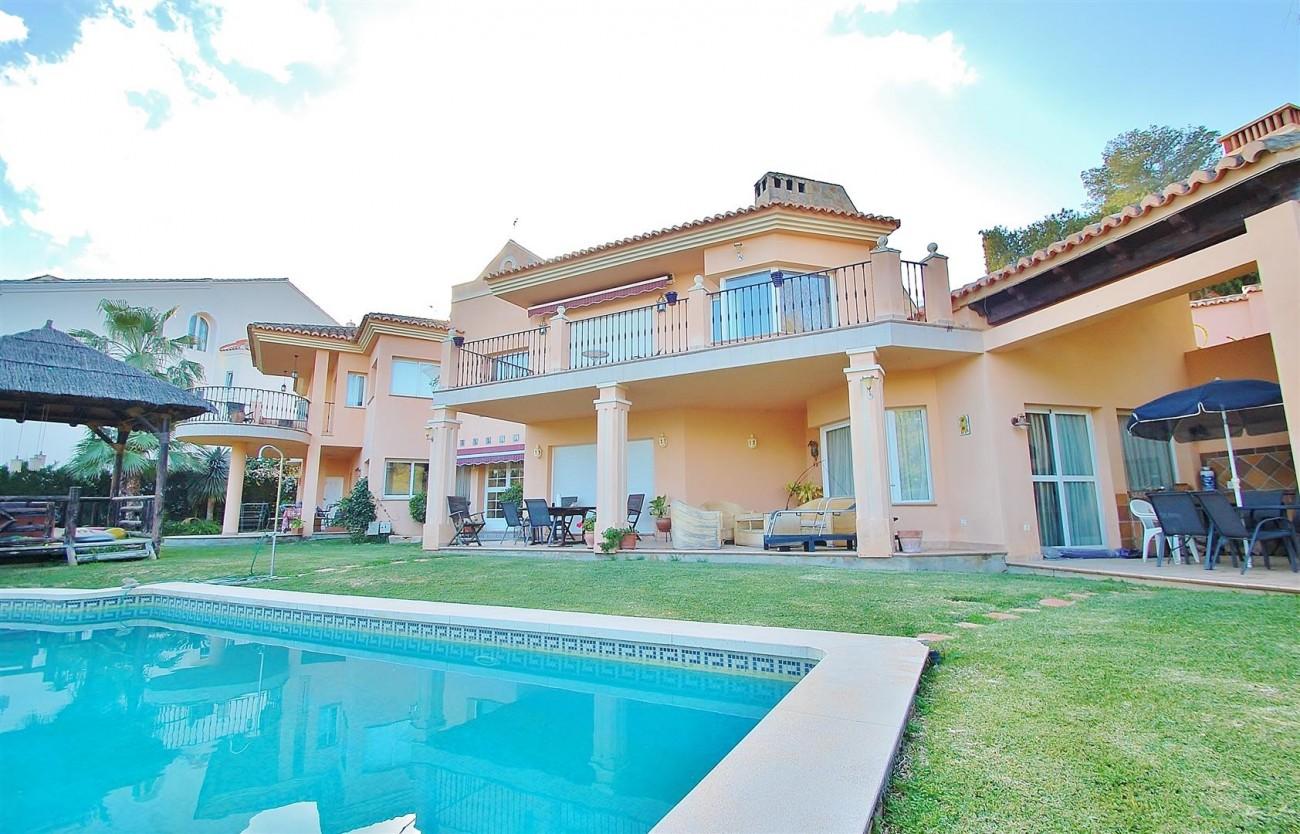 Villa East Marbella For Sale Spain (3) (Large)