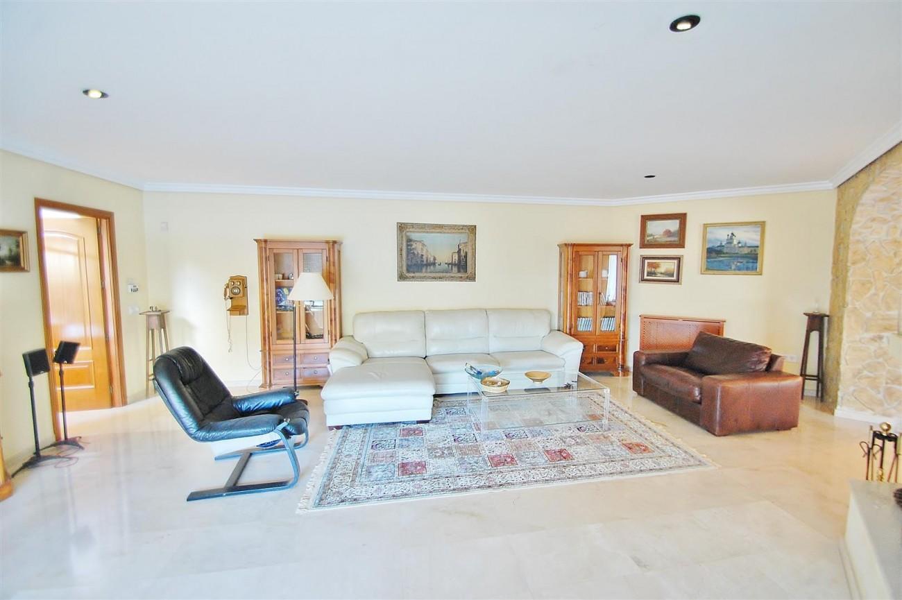 Villa East Marbella For Sale Spain (11) (Large)