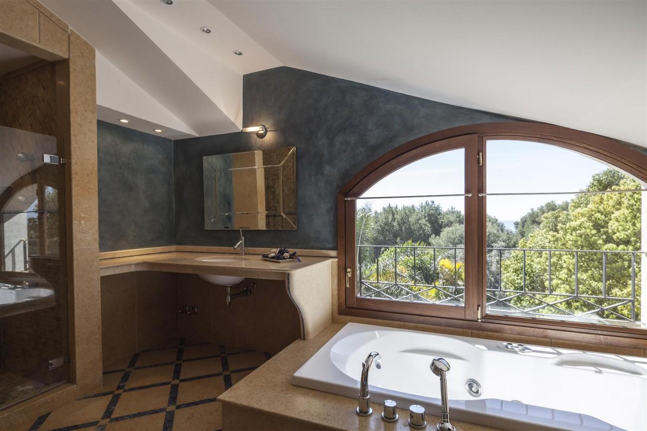 V5588 Villa in Altos de Puente Romano 5 (Large)