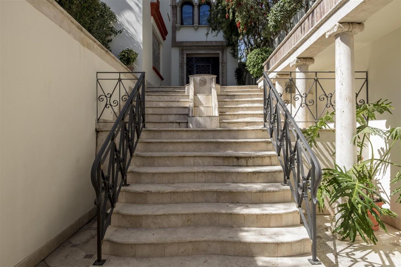 V5588 Villa in Altos de Puente Romano 12 (Large)