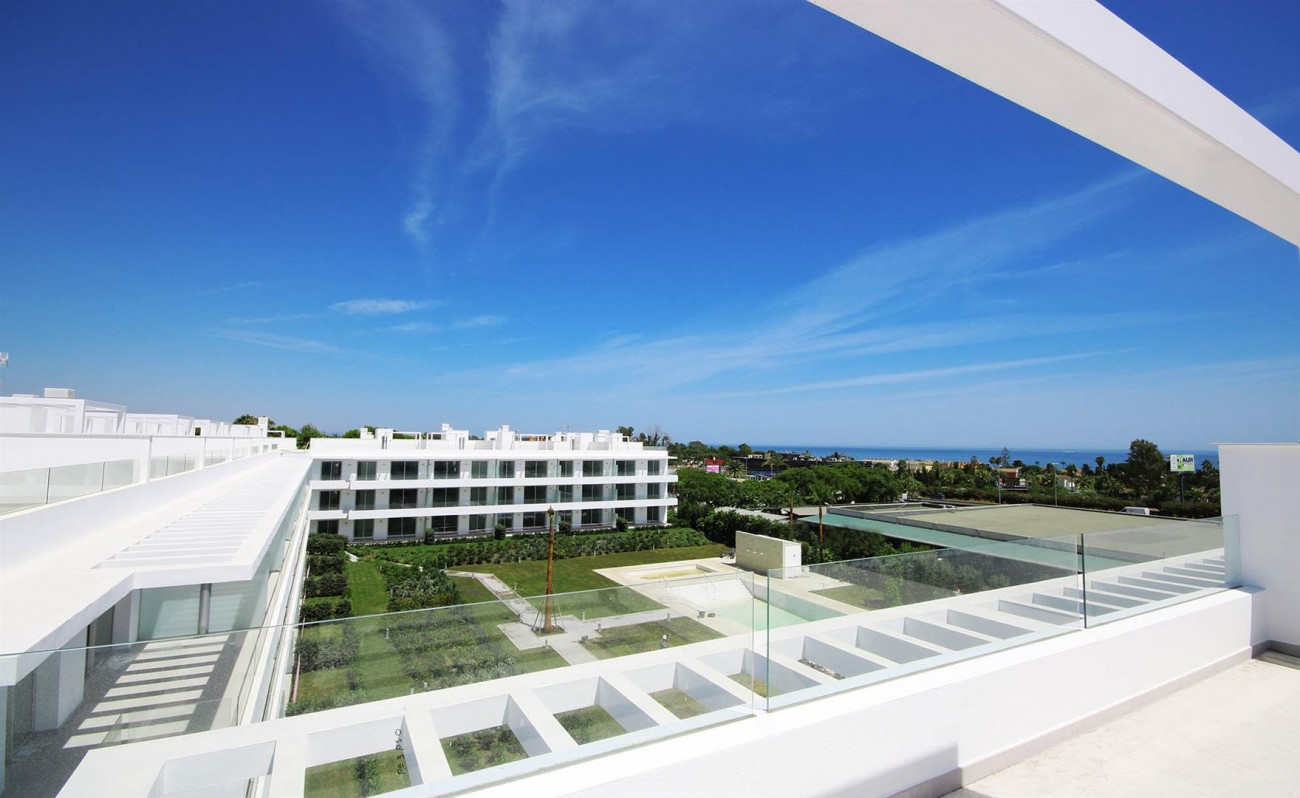 New Contemporary style apartments for sale in Estepona Spain (4) (Large)
