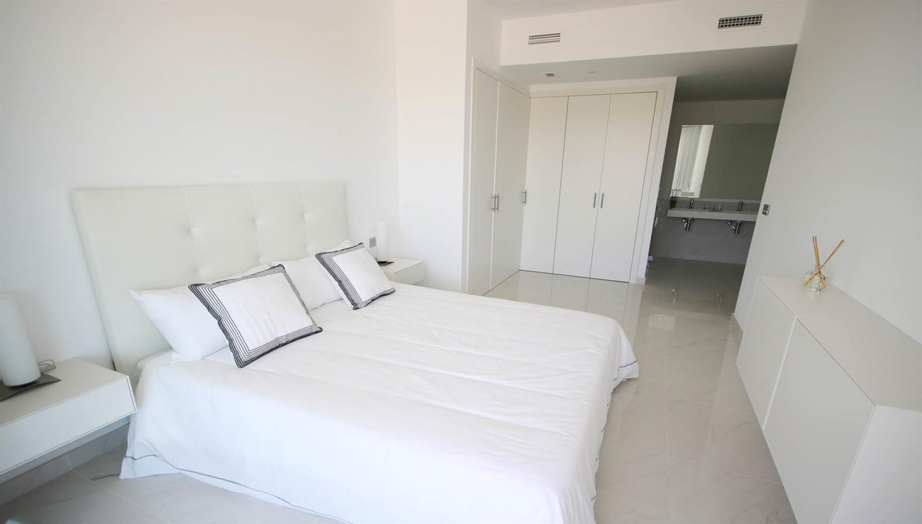 New Contemporary style apartments for sale in Estepona Spain (9) (Large)