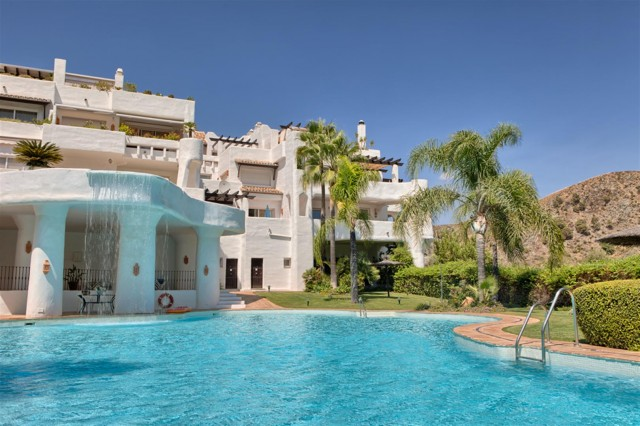 Penthouse for Sale - 895.000€ - La Quinta Golf, Costa del Sol - Ref: 5594