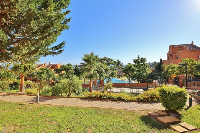 Apartment for Rent - 850€/week - Elviria, Costa del Sol - Ref: 5595