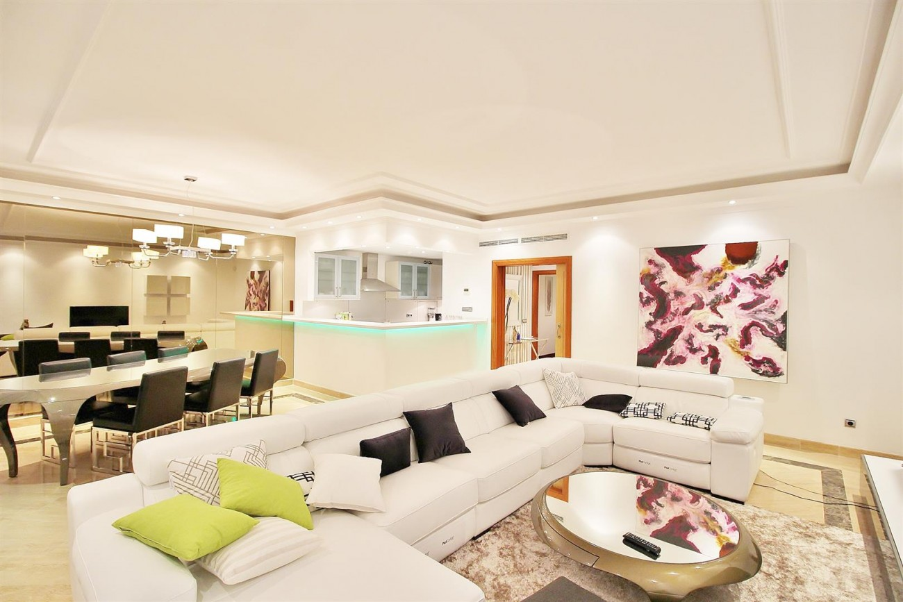 A5597 Spacious apartment in Puerto Banus 13 (Large)