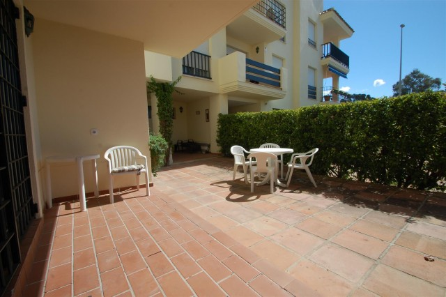 Apartment for Rent - 960€/month - Nueva Andalucía, Costa del Sol - Ref: 5598