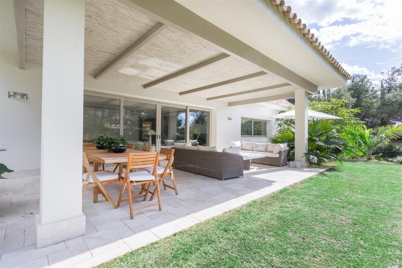 V5606 Luxury frontline golf villa Marbella 3 (Large)