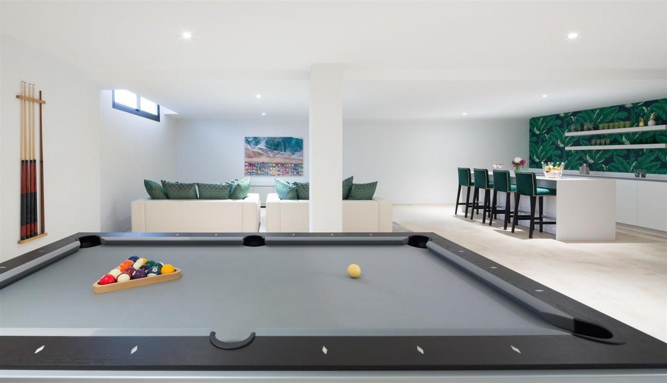 Modern Contemporary Villas for sale close to Puerto Banus Spain (19) (Large)
