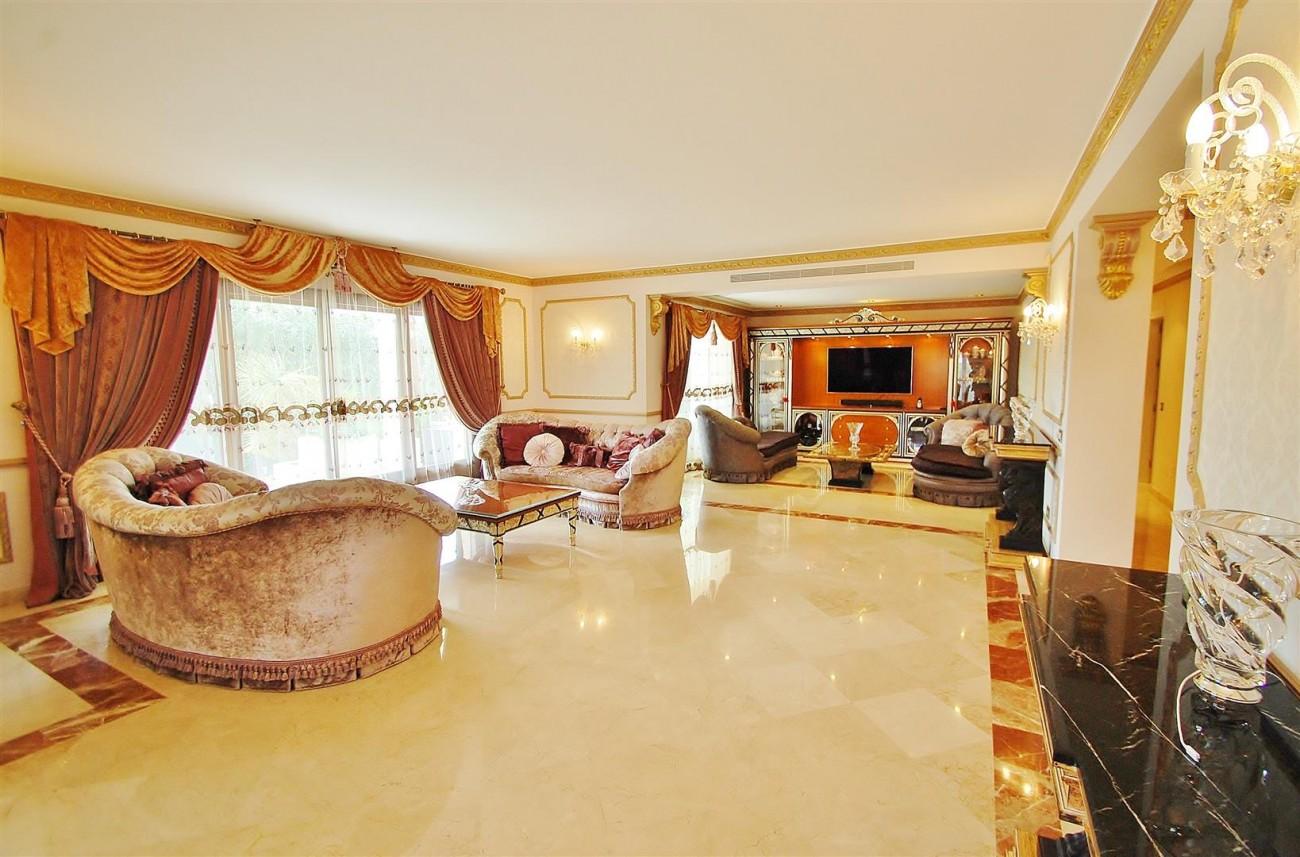 V5609 Luxury villa Sierra Blanca 2 (Large)