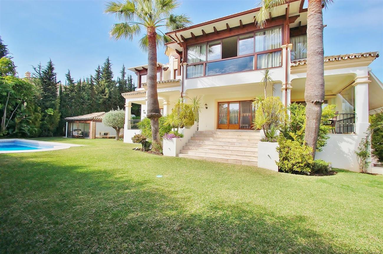 V5609 Luxury villa Sierra Blanca 7 (Large)
