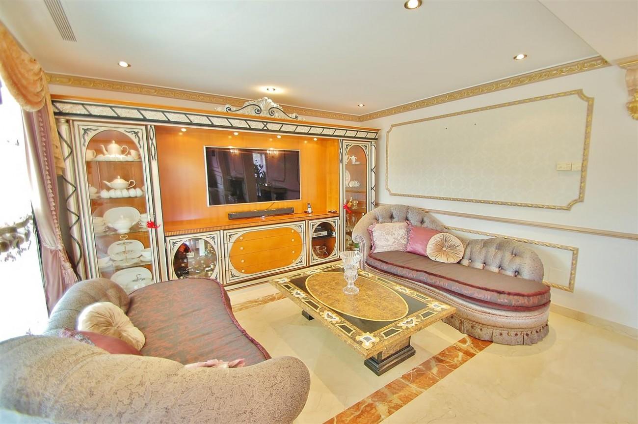 V5609 Luxury villa Sierra Blanca 9 (Large)
