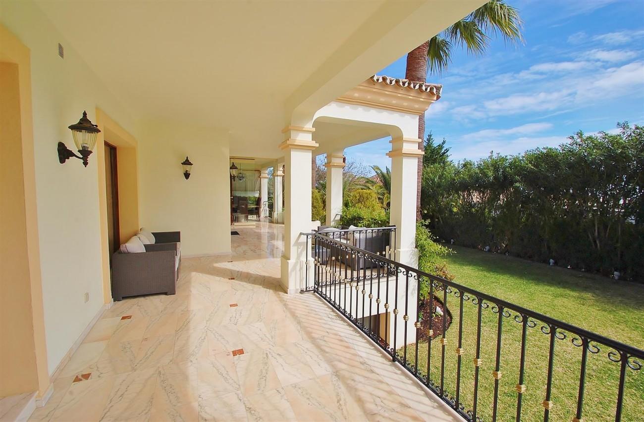 V5609 Luxury villa Sierra Blanca 10 (Large)