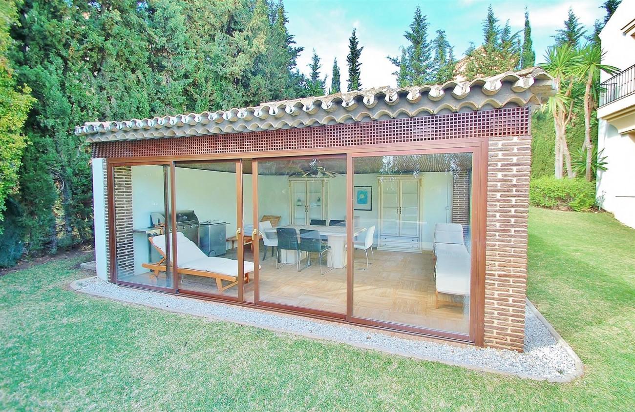 V5609 Luxury villa Sierra Blanca 16 (Large)