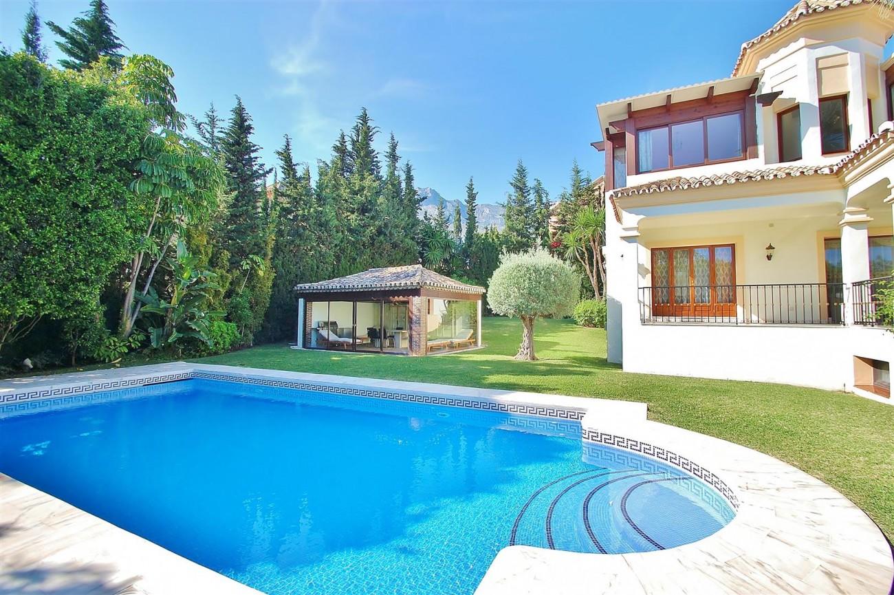 V5609 Luxury Villa Marbella Golden Mile (5) (Large)
