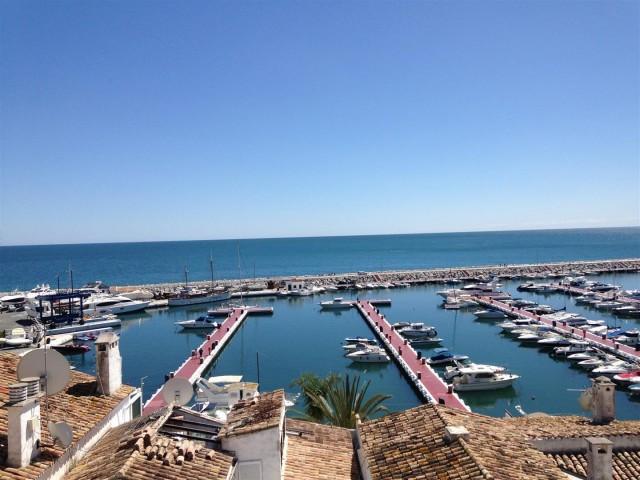 Apartment for Rent - 2.600€/week - Puerto Banús, Costa del Sol - Ref: 5613