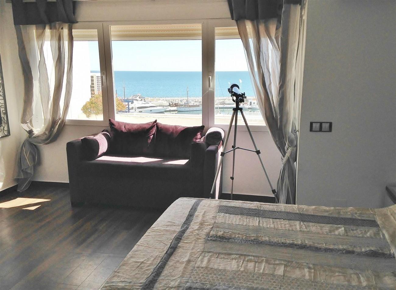 A5613 Modern apartment Puerto Banus 9 (Large)