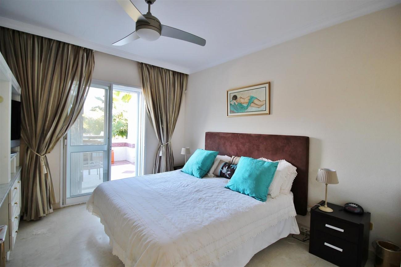 Ground floor Apartment for sale La Quinta Benahavis Spain (8) (Large)