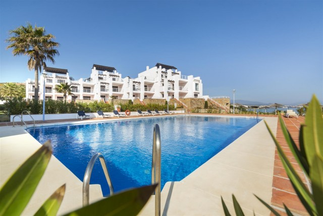 Apartment for Sale - 370.000€ - Casares Playa, Costa del Sol - Ref: 5620