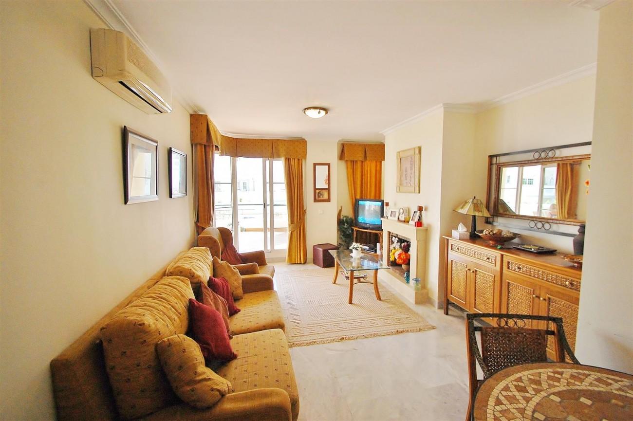 A5622 Spacious apartment close to Puerto Banus 2 (Large)