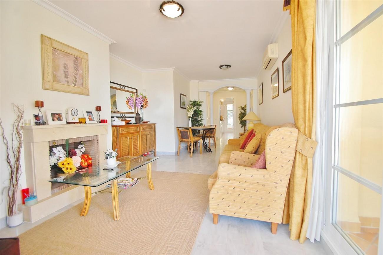 A5622 Spacious apartment close to Puerto Banus 7 (Large)