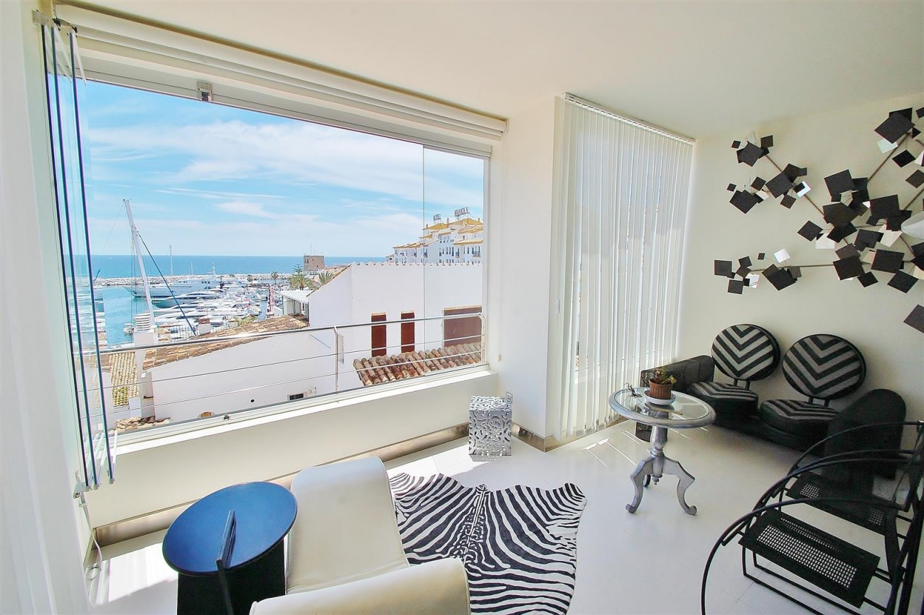 A5624 Totally renovated penthouse Puerto Banus 2 (Large)