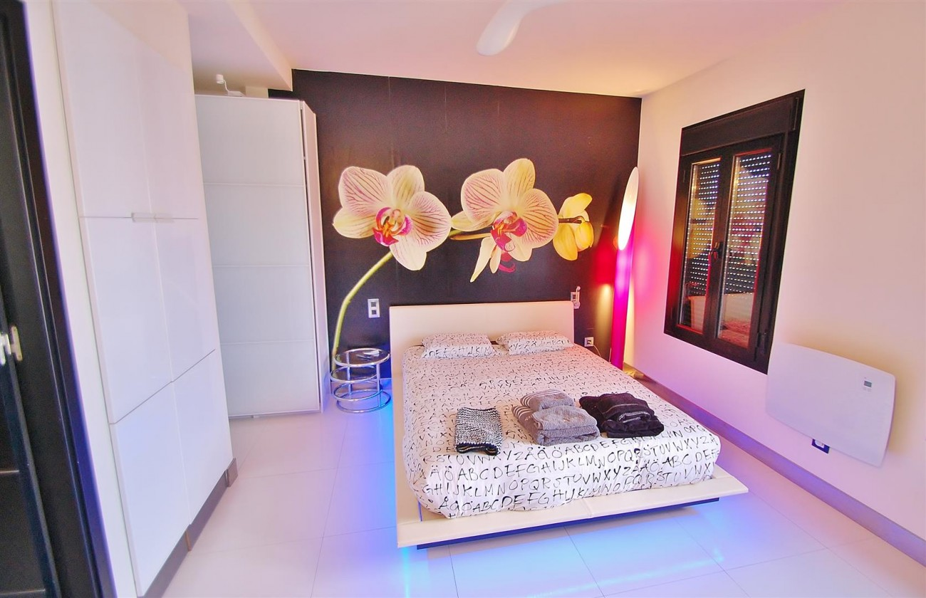 A5624 Totally renovated penthouse Puerto Banus 3 (Large)