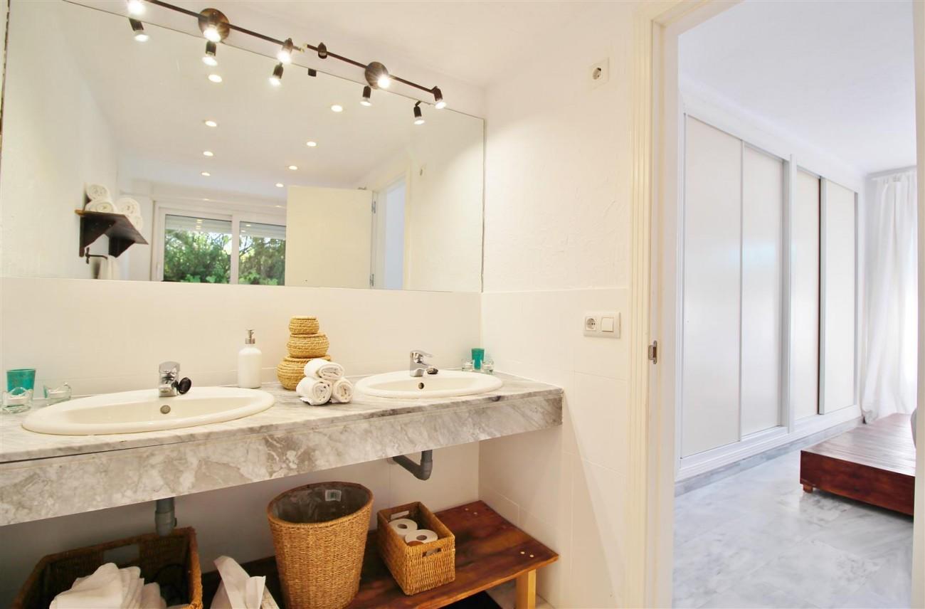 Apartment for sale Puerto Banus Marbella Spain (11) (Large)