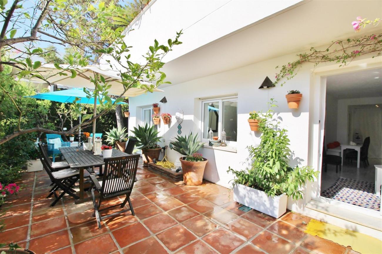 Apartment for sale Puerto Banus Marbella Spain (15) (Large)