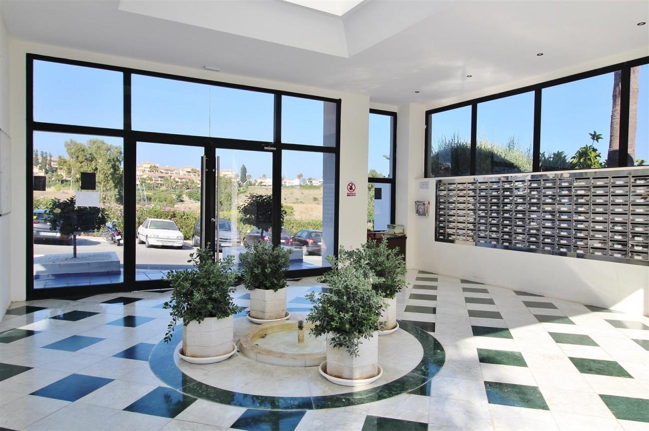 Apartment for sale Puerto Banus Marbella Spain (21) (Large)