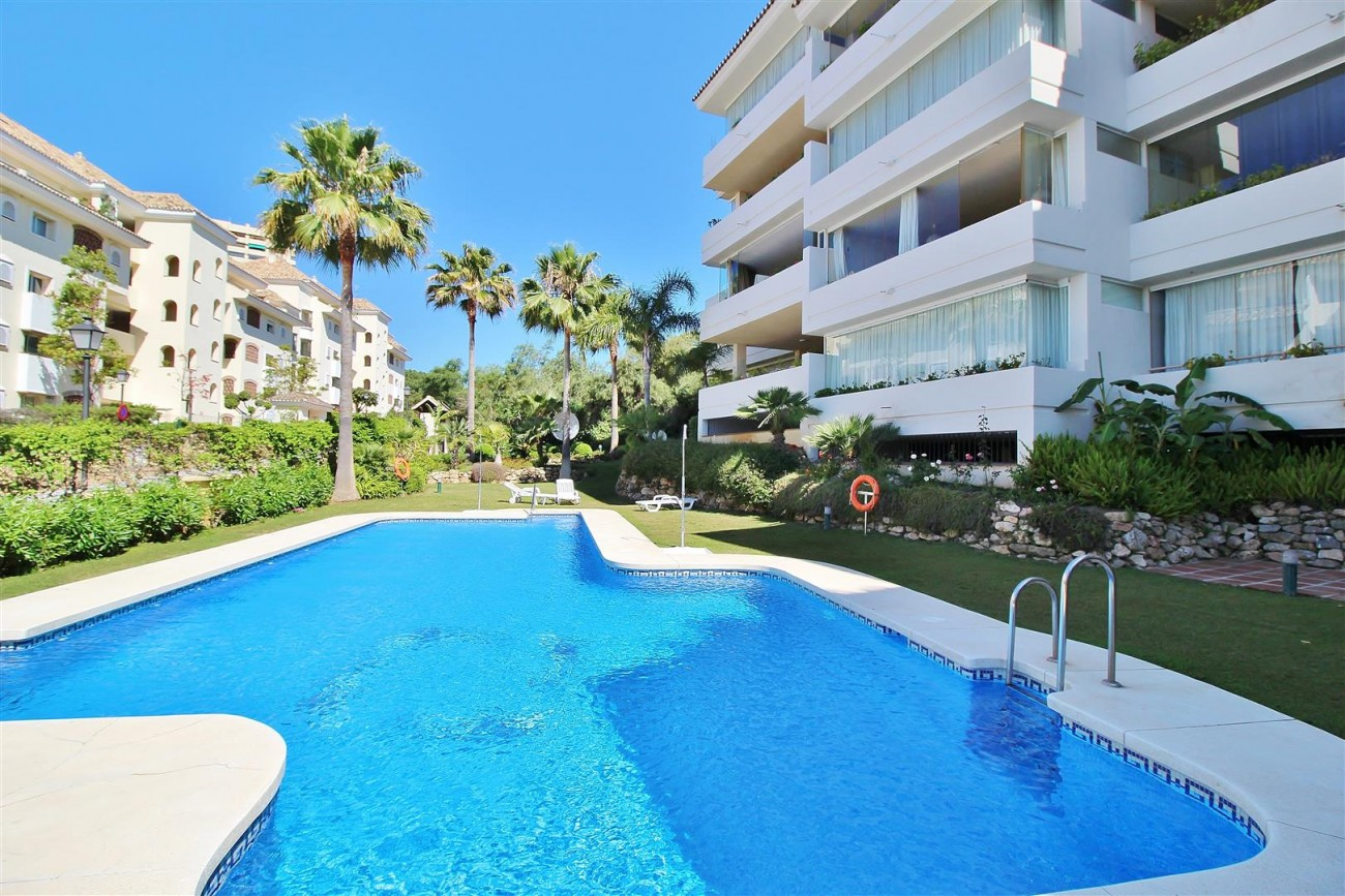 A5633 Beachside apartment Elviria 1 (Large)